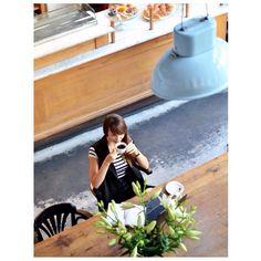 Cześć Wam! Koniec pięknego weekendu czas wracać do obowiązków. Na blogu czeka na Was nowy post a w nim kulisy blogowania i nie tylko...Zajrzyjcie w wolnej chwili (www.cammy.com.pl) Miłego dnia! #newpost #coffeetime #goodmorning #coffee #morning #goodtime #vscocam #charlotte #fashionblogger #polishgirl #style #fashionista #streetstyle #pictureoftheday #krakow #ootd #niceplace by cam_myy