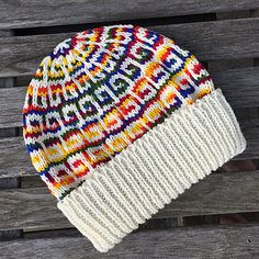 Ravelry: Greek mosaic beanie pattern by Anne Kamsvaag FREE Slip Stitch Knitting, Knitting Stitches, Knitting Patterns Free, Free Knitting, Stitch Patterns, Crochet Patterns, Hat Patterns, Free Pattern, Crochet Beanie