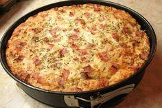 Vágd 2 cm-es kockákra a szikkadt kenyeret, majd keverd össze ezzel a pár… Macaroni And Cheese, Cake Recipes, Food And Drink, Pizza, Homemade, Snacks, Cooking, Ethnic Recipes, Kitchen