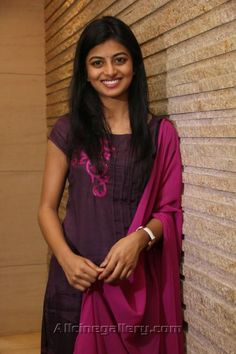 Actress Anandhi Photo