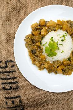 la cuisine tahitienne a déguster avec du riz blanc, des algues