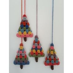 A granny square-style Christmas tree, perfect for making retro or vintage bauble. - - A granny square-style Christmas tree, perfect for making retro or vintage baubles, hanging ornaments, garlands and other decorations. Crochet Christmas Decorations, Crochet Christmas Ornaments, Holiday Crochet, Christmas Knitting, Christmas Christmas, Vintage Christmas, Christmas Movies, Tree Decorations, Christmas Ideas
