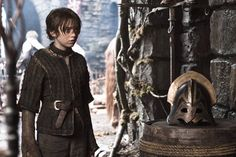 """Game of Thrones """"The Ghost of Harrenhal"""" S2EP5"""