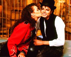 "Michael Jackson and Tatiana Yvonne Thumbtzen - 1987 - Michael invited her to the set of ""Leave Me Alone"" ;) 