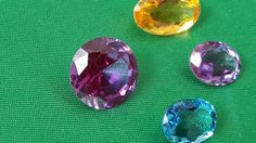 Piedras preciosas *Alejandrita *Aguamarina * Citrino