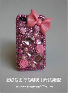 Phone Déco tutorial.  This blog explains in detail how to decorate your cell phone case!