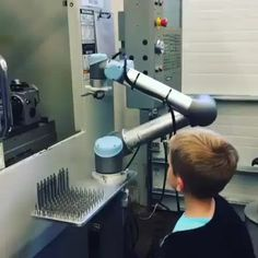 Using robotics in machining  Credit to : @mech_home DoubleTap & Tag a Friend Below Follow us if you love Mechanical   Update videos everyday  ------------------------------------------------ #mechanicalpouch #mechanicaldesign #mechanicalart #mechanicalengineering #mechanicalmonday #mechanics #mechanicalkeyboard #mechanicintraining #mechanica #mechaniclife #mechanicalbull #mechanictattoo #mechanic #mechanicalstudent #mechanicalm #mechanicalmods #mechanicman #mechanicalpencil…