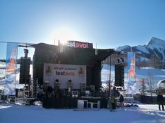 mobile stage in front of mountains!  (cool)