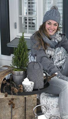 GreenGate Katalog Winter 2013 - www.de by hausundtempel. Cosy Winter, Winter Love, Winter Wear, Winter Hats, Fall Winter, Casual Winter, Winter Colors, Cozy Fashion, Winter Fashion
