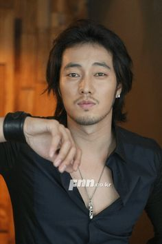 so ji sub.. I guess you can say that he's my favorite man by the amount of pics of him that are on this board