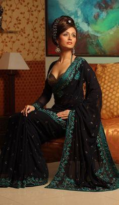 Buy Indian Sarees, Salwar Kameez, Lehenga & Ghagra Choli Collection of Designer and Bollywood Sarees, Wedding and Bridal  Sarees, Embroidery Sarees