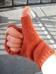 Mittens with thumbs explanations NOUCHKA Knitting and stitching Mittens Pattern, Knit Mittens, Knitted Hats, Hand Crochet, Hand Knitting, Knit Crochet, Newborn Crochet Patterns, Knitting Patterns, Tricot Baby
