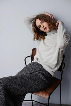 clubmonaco: Thisbee Cashmere Turtleneck + Samira Knit Skirt