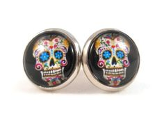 Colorful Sugar Skulls are wildly popular with tweens, teens and young adults. Watch her smile when she opens up these cute earrings you've gifted her. She'll be so excited to give these as a gift to h