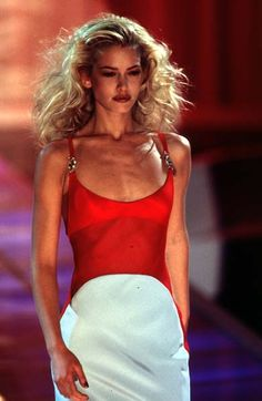 Gianni Versace - Autumn Winter - 1996 1997 - Milan Fashion Week - Supermodel: Valeria Mazza