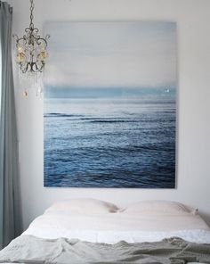 TREND: Large scale wall art