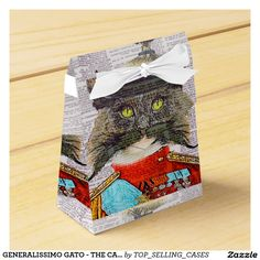 GENERALISSIMO GATO - THE CAT GENERAL - TENT STYLE FAVOR BOX