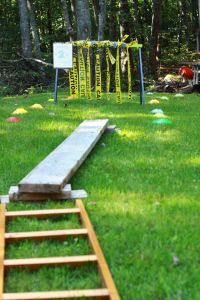 Army Obstacle Course: Great list of obstacles for 4 year olds - could work at 3 yrs old too. Love the idea of rescueing a soldier and taking him to the hospital station. 4 Year Old Boy Birthday, Army's Birthday, Outdoor Birthday, 4th Birthday Parties, Birthday Ideas, Army Party, Nerf Party, Ninja Party, Birthday Activities