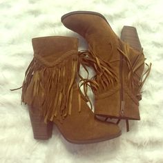 Fringe Booties Tan Fringe Booties. Adorable and in great condition. Purchased from a boutique Shoes Ankle Boots & Booties