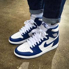 Blue and white sneakers Cute Sneakers, Shoes Sneakers, High Top Sneakers, Jordans Sneakers, Blue Jordans, Sneaker Heels, Adidas Shoes Outfit, High Top Jordans, Sneakers Nike Jordan