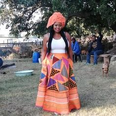 African Traditional Wedding Dress, African Fashion Traditional, Traditional Skirts, Traditional Outfits, Short African Dresses, Latest African Fashion Dresses, African Print Fashion, African Skirt, African Prints