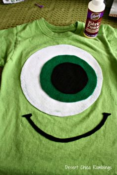 A DIY Monsters University t-shirt. Great project for the kids!