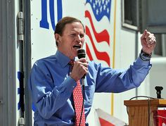 U.S, Senator Richard Blumenthal fires up the crowd as AT Union workers and supporters held a rally on the New Haven Green in unity with ongoing contract negotiations with workers nationwide. Photo- Peter Casolino/New Haven Register