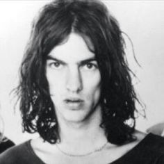 Young Richard Ashcroft with very long hair! The Verve, Alternative Rock Bands, Very Long Hair, Indie, Singer, Long Hair Styles, Magpie, Long Long Hair, Long Hairstyles
