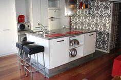 Beautiful Barcelona Kitchen- love the walpaper.