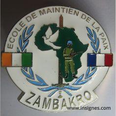 COTE d'IVOIRE Ecole de maintien de la Paix ZAMBAKRO - Insignes.com