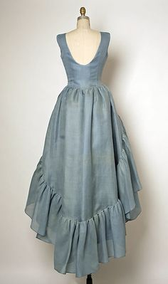 Evening ensemble (view of back of dress; petticoat and shoes shown separately), Cristobal Balenciaga for the House of Balenciaga, Fall/Winter 1961-1962, French, silk. The Metropolitan Museum of Art.