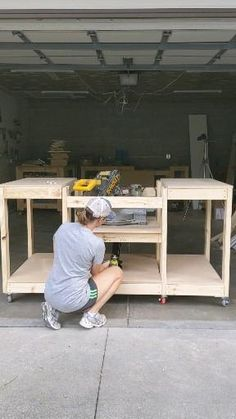 Garage Workbench Plans, Building A Workbench, Diy Workbench, Garage Tools, Workbench On Wheels, Workbench With Storage, Simple Workbench Plans, Small Workbench, Rolling Workbench