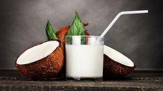 Urob si domáce kokosové mlieko za 5 minút: recept via @akademiakrasy