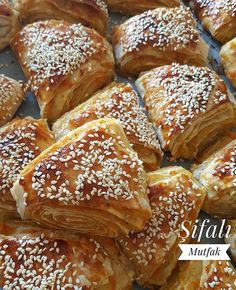 Pastry Art, Pastry And Bakery, Turkish Recipes, Italian Recipes, My Favorite Food, Favorite Recipes, Pizza Sandwich, Dessert Recipes, Breakfast Recipes