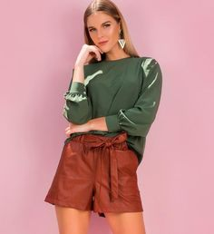 Looks Com Short, Fall Color Palette, Good Poses, Soft Autumn, Nude Heels, Fall Looks, Second Hand, Mom Style, Look Fashion