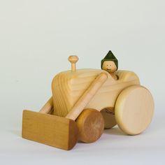 Tracteur en bois voiture en bois par par LAtelierChevaldeBois