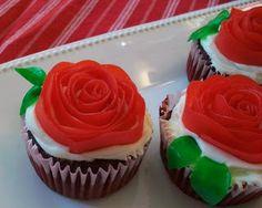 Homemade Mamas: Rose Cupcakes!