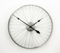 Grande horloge murale horloge de roue de vélo par treadandpedals
