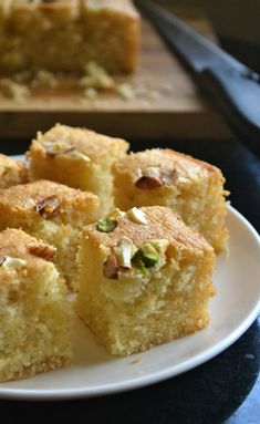 Iyengar Bakery Style Eggless Mwaw Sooji Cake is part of Semolina cake For the second day, I have a gorgeous tea cake full of Indian flavours Iyengar bakery rawa cakes are pretty famous and there is - Eggless Desserts, Eggless Recipes, Eggless Baking, Baking Recipes, Cake Recipes, Diet Recipes, Pudding Recipes, Spicy Recipes, Diet Tips