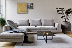 Design on Stock Aikon Lounge bank XL 3-zits 1-arm hoekopstelling | FLINDERS verzendt gratis New Living Room, Living Spaces, Sofa Design, Interior Design, Lounge, Minimal Home, Luxury Living, Room Inspiration, Family Room