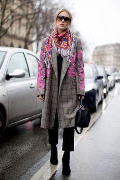 Best Paris Fashion Week Street Style Fall 2017 | POPSUGAR Fashion Photo 170