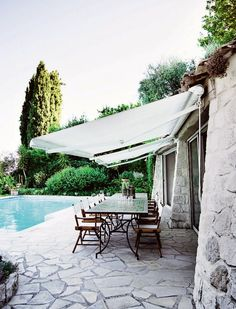 Pergola For Small Backyard Outdoor Rooms, Outdoor Dining, Outdoor Decor, Outdoor Retreat, Boho Home, South Of France, Cool Pools, My Dream Home, Exterior Design