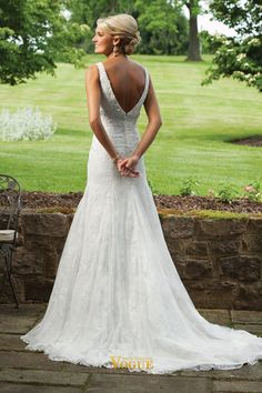 wedding dresses Lace Hot Selling Classic wedding dresses Trumpet V Neck Sweep Train Lace with Beading
