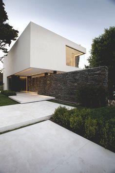 "li0nized: "" Carrara House - © """