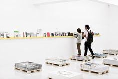 resource center  Reading Forms – Exhibiting Graphic Design Exhibitions