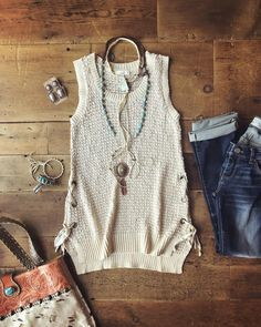 Summer is looking real good! Lovin this pretty new number! The Steeley #summerstyle #turquoise #savnnah7s #newarraival