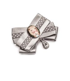 Sweet sixteen brooch by House of April