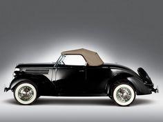 1936 Ford V8 Deluxe Roadster
