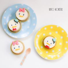 Donald n Daisy cheese cakes by @bentomonsters