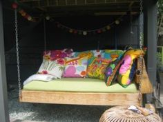 This Ain't Yer Grandma's Porch Swing! DIY Swing Beds & Chairs Dishfunctional Designs: This Ain't Yer Grandma's Porch Swing! Hanging Porch Bed, Hanging Beds, Porch Swings, Outdoor Swings, Pallet Swings, Bed Swings, Outdoor Beds, Hanging Chairs, Outdoor Seating